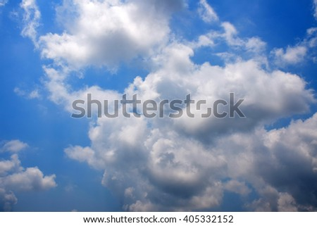 Cloud and Blue sky in daylight.