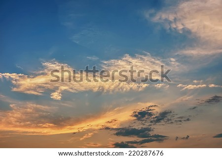 Clouds and sky at sunset / sunrise