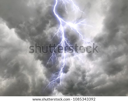 clouds rainstorms rain lightning scary images stock photo download