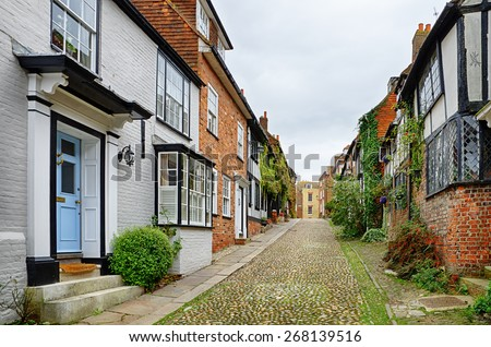 Cobbled street in the English town of Rye - stock photo