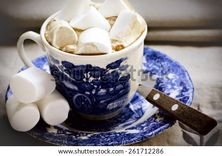 Coffee and marshmallows - stock photo
