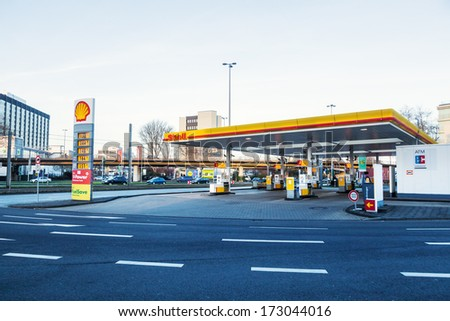 COLOGNE, GERMANY - JANUARY 22: Shell filling station on January 22, 2014 in Cologne. Royal Dutch Shell is an Anglo�Dutch multinational oil and gas company and 2012 the largest company in the world. - stock photo