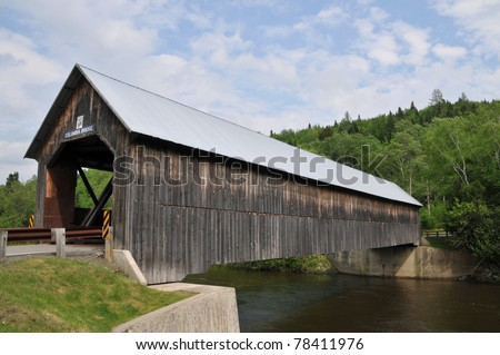 Columbia Bridge spans the Connecticut River between Columbia, New Hampshire, and Lemington, Vermont - stock photo