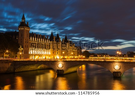 Conciergerie by night, Paris, France