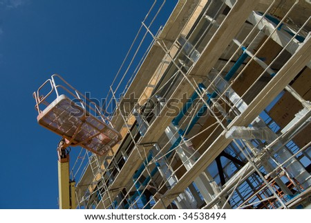 Construction Scaffolding With Aerial Lift