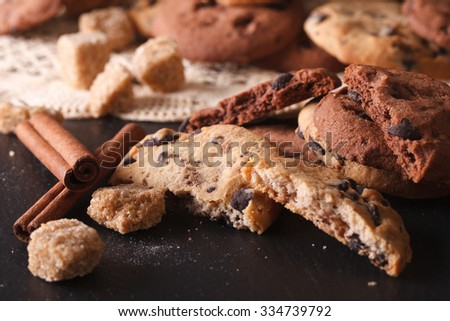 Cookies with chocolate chips close-up on the table. horizontal