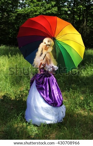 Cosplay scene / unicorn (Amalthea with colorful parasol)