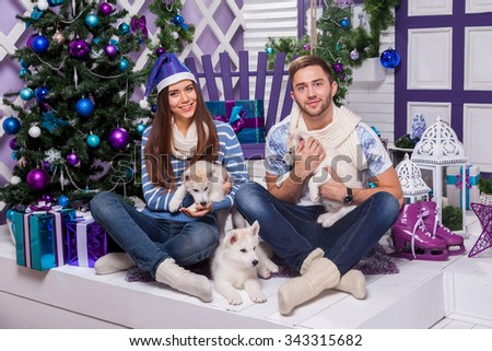 Eskimo family stock photos images pictures shutterstock for Love on the terraces