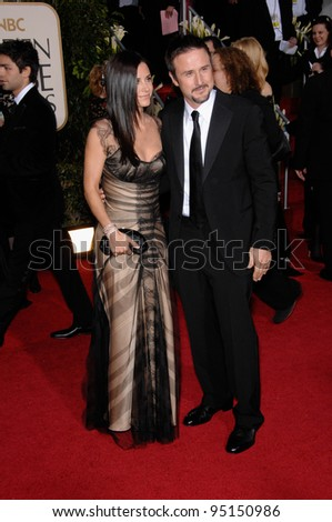 COURTENEY COX ARQUETTE & husband DAVID ARQUETTE at the 64th Annual Golden Globe Awards at the Beverly Hilton Hotel. January 15, 2007 Beverly Hills, CA Picture: Paul Smith / Featureflash