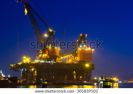 Cranes on top of a Deepwater Construction Vessel (DCV), together capable of lifting up to 6,300t - stock photo