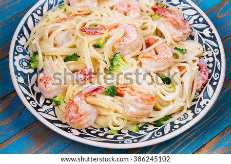Creamy Shrimp and Broccoli Spaghetti - stock photo