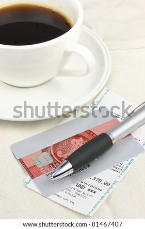 Credit card and restaurant bill - stock photo