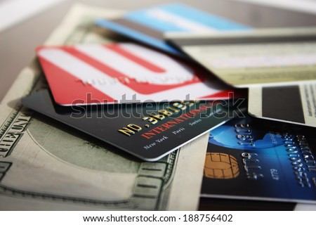 Credit cards and banknote (macro)