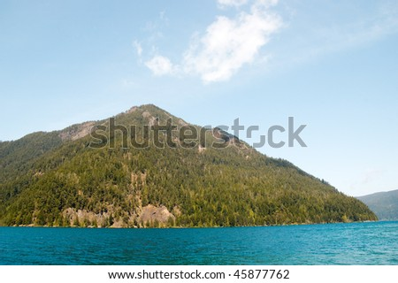 crescent lake and mountains