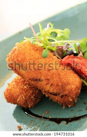 croquette potatoes with salad