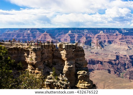 Crowd at Mather Point Overlook, Grand Canyon National Park