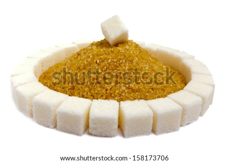Cubes of sugar lie on circles and a heap of granulated sugar inside