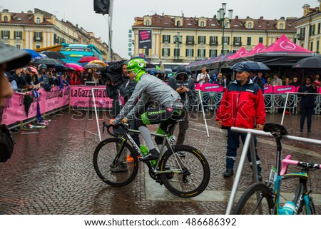 Cuneo, Italy May 29, 2016; Davide Formolo, Cannondale Team, ready to go for the last stage of the Giro d'Italy in 2016 from Cuneo to Turin.