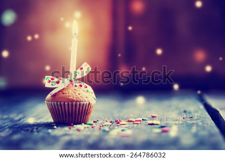 Cupcake Bow Candle Happy Birthday Card Photo 264786032 – Happy Birthday Cards Images