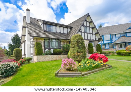 Front Yard Stock Photos, Royalty-Free Images & Vectors ... on Luxury Front Yard Landscape id=86368
