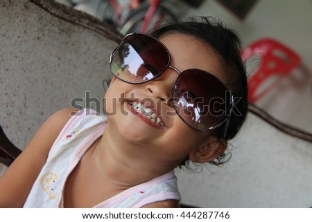 Cute Little girl ,My lovely niece with sunglasses