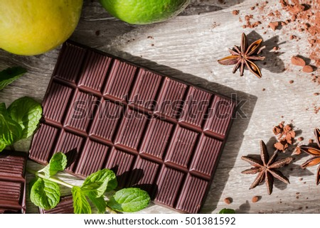 dark chocolate bar with spices and flavor
