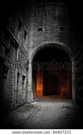 Dark courtyard (Edinburgh, Scotland) - stock photo