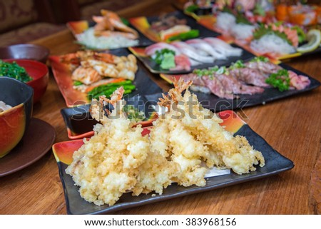 Deep fried shrimp tempura with Japanese style food set