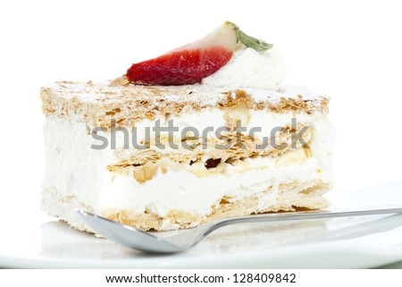 Delicious cake with pastry cream and strawberry