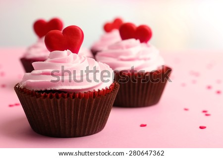 cupcakes ngon cho ngày Valentine close-up
