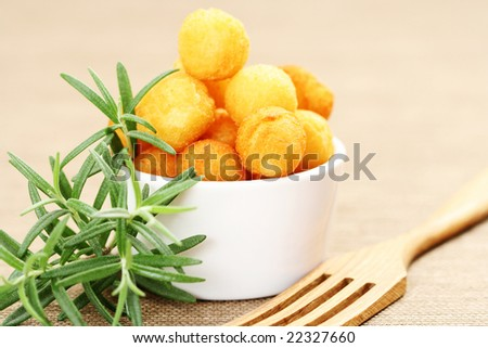 delicious fried potatoes rosemary - food and drink