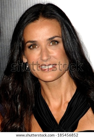 Demi Moore at Rodeo Drive Walk of Style Awards Ceremony Honoring Princess Grace, Rodeo Drive, Beverly Hills, CA October 22, 2009 - stock photo