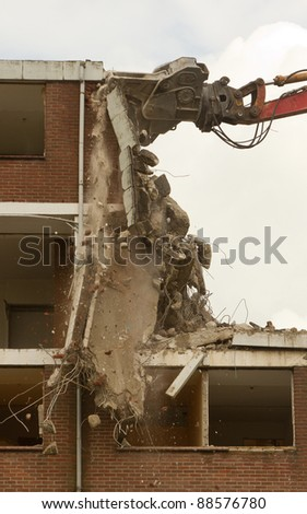 Demolishing of a block of flats