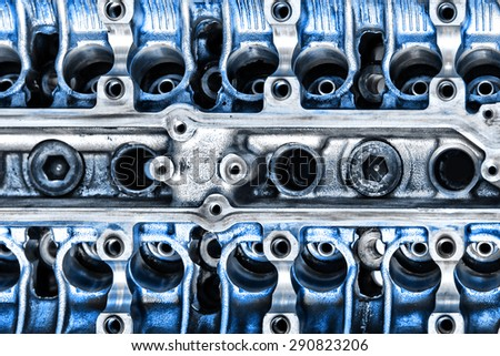 Detail of the disassembled motor. Cylinder heads
