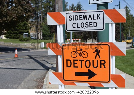 detour construction sign