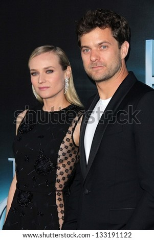 "Diane Kruger, Joshua Jackson at ""The Host"" World Premiere, Arclight, Hollywood, CA 03-19-13 - stock photo"