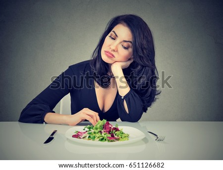 Keto Diet for Women: Benefits, Food List & Tips to Overcome Side Effects