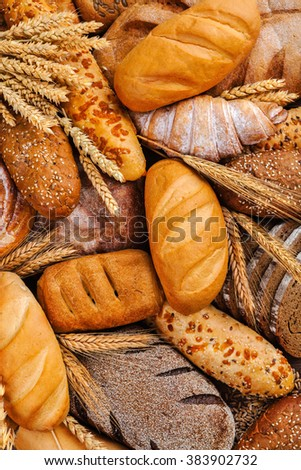 Different types of bread on the table.