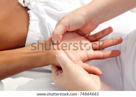 digital pressure hands reflexology massage tuina therapy physiotherapy