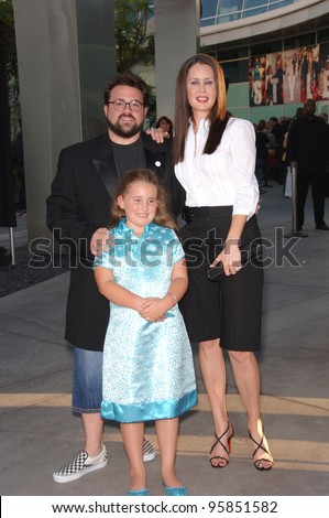 "Director/actor KEVIN SMITH & wife actress JENNIFER SCHWALBACH SMITH & daughter at the Los Angeles premiere of his new movie ""Clerks II"". July 11, 2006  Los Angeles, CA  2006 Paul Smith / Featureflash"