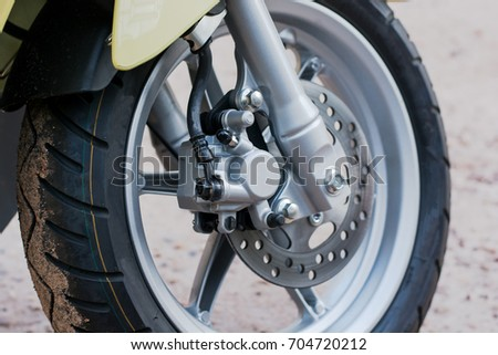 disk brake system and wheel of automatic motorcycle