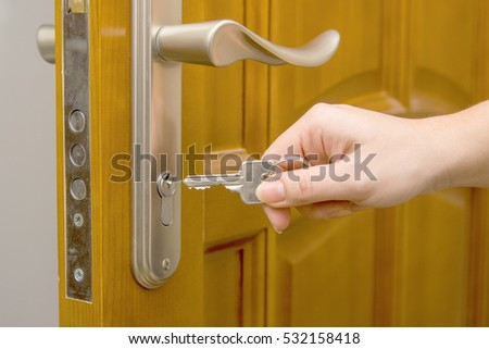 Door key and hand & Door Key Hand Stock Photo (Royalty Free) 532158418 - Shutterstock