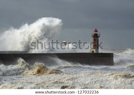 Douro River Mouth on the first big storm of the year; Wind gusts reach 140 Kms; photo taken on Jan. 19, 2013. - stock photo
