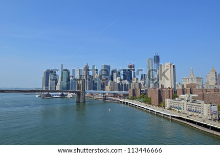 Downtown Manhattan and Brooklyn Bridge seen from Manhattan Bridge