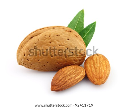 Dried almonds with kernel