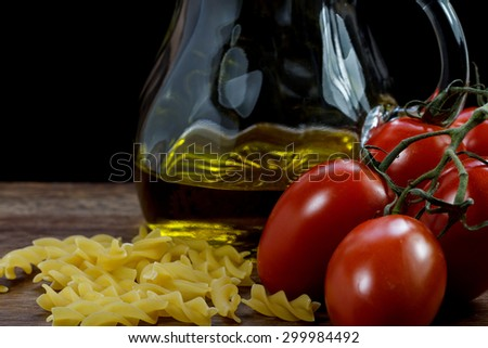 dry pasta with tomatoes and olive oil