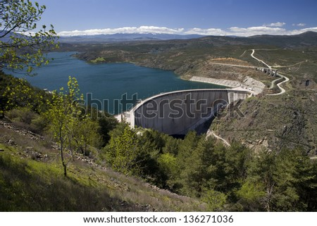 El Atazar dam overview. Overview of El Atazar dam and their environment, Madrid, Spain - stock photo
