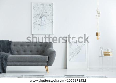Elegant Gray Sofa Wooden Legs Large Stockfoto (Lizenzfrei ...