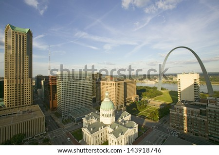 Elevated view of Saint Louis Historical Old Courthouse and Gateway Arch on Mississippi River, St. Louis, Missouri - stock photo
