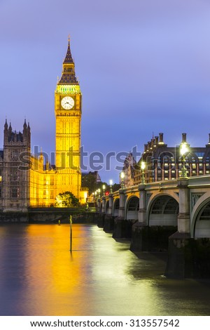 Elizabeth Tower, Big Ben, Houses of Westminster and Westminster Bridge from the South Bank of the River Thames at Dusk, London, England UK